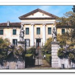 02_luxury-villa-front