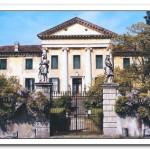 02_luxury-villa-front